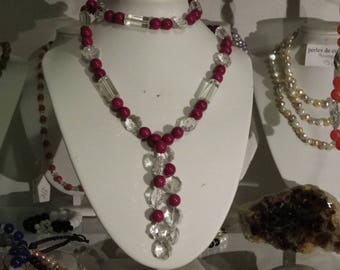 Necklace white crystal glass beads and 10 mm Burgundy jade stone