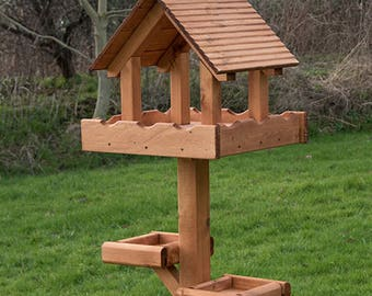 Triple Bird Table