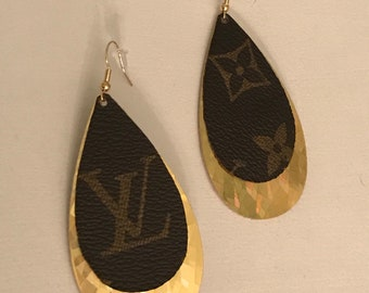 Handmade Louis Vuitton earrings/LV layered earrings/Louis Vuitton earrings/lightweight earrings/petal style/LV/holographic gold leather/gold