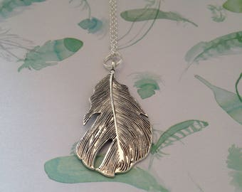 Chain feather, necklace pendant