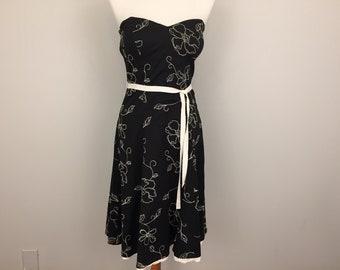 Strapless Dress Embroidered Floral Black & White Dress Size 2 Dress Small XS Dress Summer Floral Cotton Womens Dresses Womens Clothing
