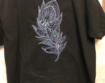 Mehndi Feather T-shirt