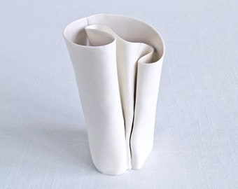 FREEFORM porcelain