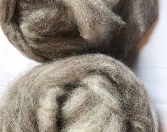 Beautifully fluffy Romney, BFL and alpaca blended roving!