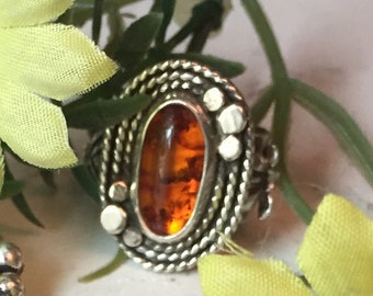 Beautiful Glowing Baltic Amber Ring, Adjustable sizes 6-11, Sterling Silver, Lotus Flowers