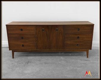 60s Mid Century Modern Long Walnut Dresser Chest Drawers Credenza Sideboard NICE