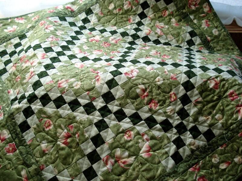 Floral Irish Chain PDF Quilt Pattern beginner quilters Quick : irish quilt pattern - Adamdwight.com