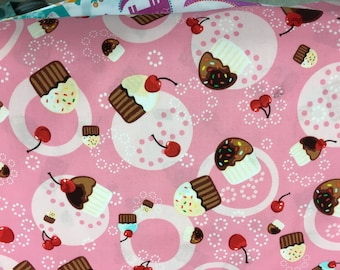 Booster Seat Cover, Lotsa cupcakes!