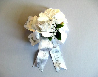 White butterfly gift bow, Wedding gift for brides, Bridal shower decoration,  Wedding shower bow, Bow for presents, Gift wrap bow