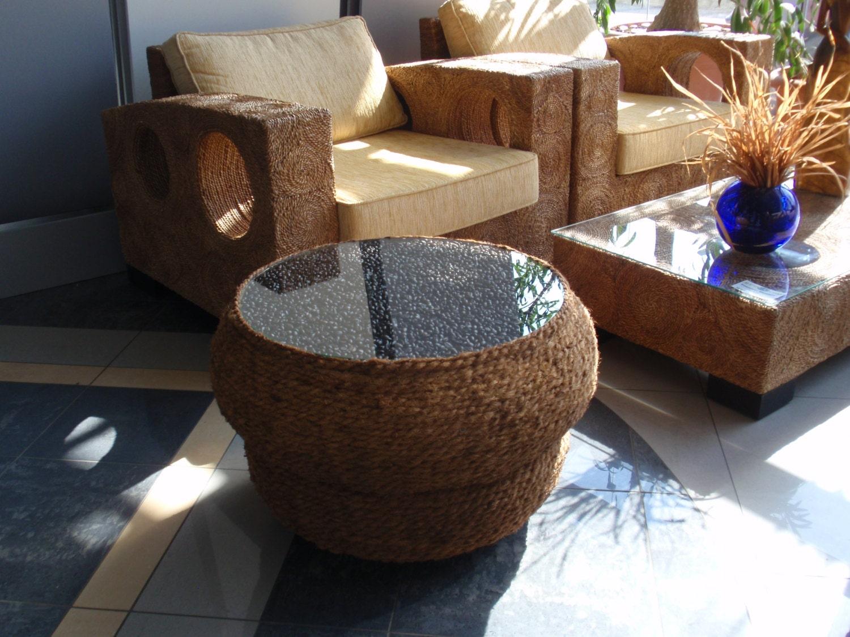 table table de jardin avec des pneus meilleures id es pour la conception et l 39 ameublement du. Black Bedroom Furniture Sets. Home Design Ideas