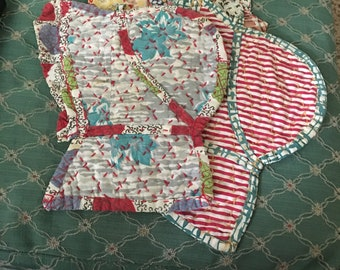 Three vintage home made pot holders