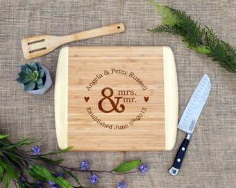 Personalized Cutting Board, Custom Cheese Board, Mr & Mrs w/ Names and Date, Wedding Gift, Engagement Present, Bridal Shower, Wedding Shower