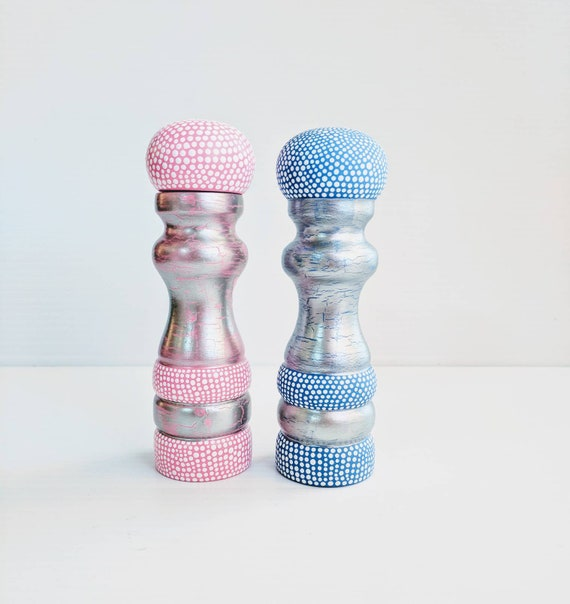 Salt shaker and pepper mill set pink and blue hand painted salt and pepper set