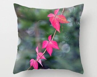 Red Wine Leaves, Pillow Cover, 16x16,18x18,20x20,home decoration, macro, bokeh, red, green, fall decor,botanical design,country living