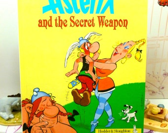 Asterix and the Secret Weapon Book 32 Very Good Clean First Edition Vintage Hardback 1991 Goscinny Uderzo
