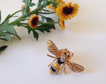 Bee, pin, brooch, charme, bee spring brooch for clothes or bag