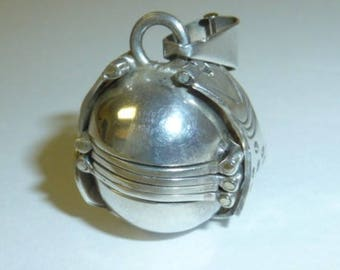 Vintage Sterling Silver Ball Locket Accordion Globe Multi Photo Fold Out Mexican 925 Silver 6 Photo Pendant
