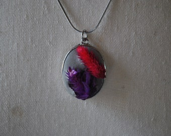Flowers and concrete nature necklace