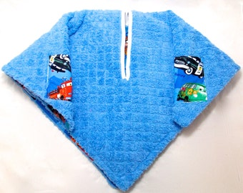 Car Seat Poncho 4 Kozy Kids (TM)-pockets, double sided, reversible, add detachable hood & batting, safe, warm-Cars, Red and Blue, Lightning