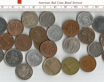 lot of 29 tiny world coins