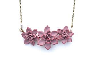 Trio Light Pale Mauve Succulent Centered Necklace, Pale pink Purple Succulent Necklace, Succulent wedding Jewelry, Succulent Jewelry