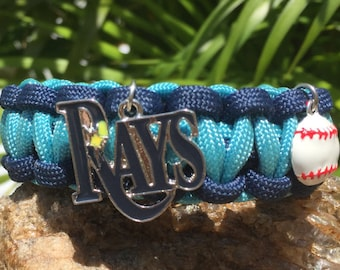 Tampa Bay Rays Paracord Bracelet, with a stainless steel silver metal buckle