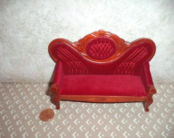 1:12 scale Dollhouse Miniature Victorian Sofa ( Dark Red)