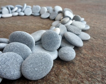 200 Beach Pebbles, Flat Stones, Beach Stones, Bulk Craft Pebbles, Grey Pebbles,  Small Stones, Stone Buttons, Smooth Pebbles 15 - 30 MM