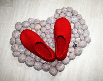 Red shoes, women's slippers with Leather soles, winter home shoes,  felted wool slippers, Mother's day gift
