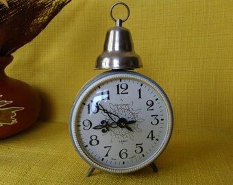 Mechanical Alarm Clock / Vintage Soviet  Alarm Clock /  Collectible Clock / Working Mechanical Clock / Vintage Jantar Clock / Old Clock