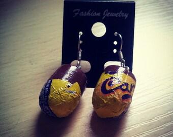 Caramel egg dangle earrings