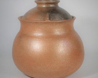 Flameware Bean Pot, 3.75 qt., Micaceous Pottery