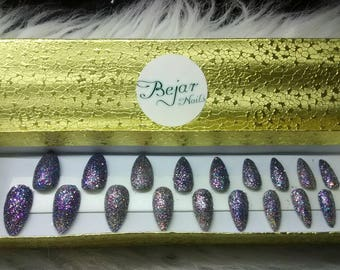 "Glitter Collection Press On Nails in Color ""Party""."