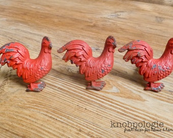 SET OF 4 Barn Red Rooster Metal Knob - Farm Animal Drawer Pull - Nursery Decor - Country Kitchen Cabinet Decor - Decorative Knob