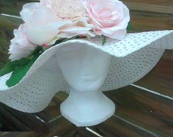 Straw Hat with flowers