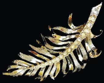 Vtg Gerrys Pin Fern Leaf Clear Rhinestone Accents Goldtone