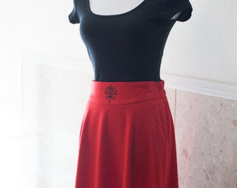Red Wool Skirt A-Line Leslie Fay Mid Calf Length 1980s Monogram High Waisted