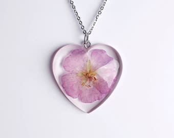 Jewels with real flowers-resin pendant-true flower of Mallow-