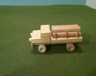 Wood Log Carrier Flatbed Truck