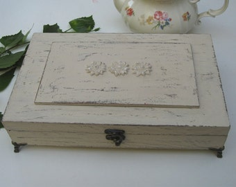 Tea box beige Shabby Chic Home Decor / Tea bag box, wooden tea box, tea cabinet