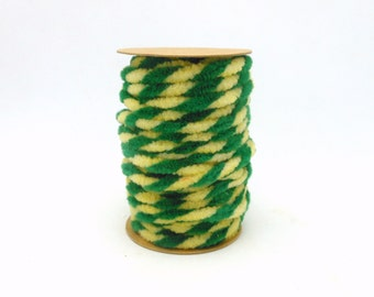 Spool of Green & Cream Chenille Wired Garland - 6.5 Yards