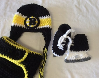 Boston Bruins. Baby Crochet Hockey Earflap Hat, Diaper Cover, and Skate Booties.