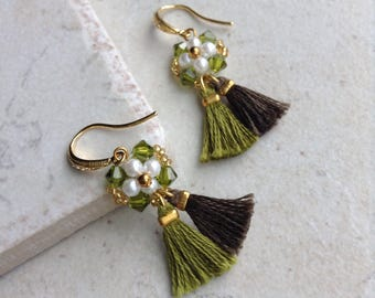 Green tassel earrings, Mother's day gift, Green crystal earrings Gift for her, Fringe tassel earrings, Bridesmaid gift Small tassel earrings