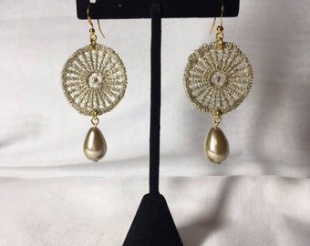 Gold Lace Earrings With Pearl Vintage style