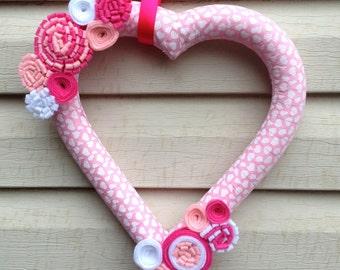 Heart Wreath - Valentines Wreath - Valentine's Day Wreath - V-day Wreath - Valentines Day Felt Wreath - Heart Felt Wreath -Pink Heart Wreath