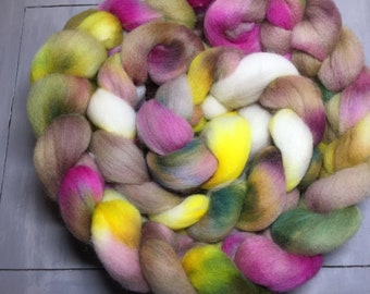 Colonial Garden Hand Dyed Corriedale Wool Top Roving