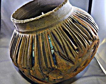 Large gourd earth tone planter