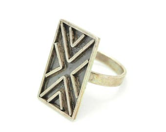 Taxco Sterling Silver Modernist Ring