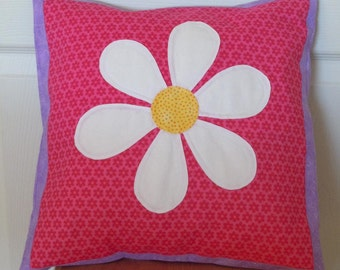SALE- Daisy Applique Pillow Cover: Ready to ship, home decor, pillow cover, nursery decor, daisy, flowers, pink, purple