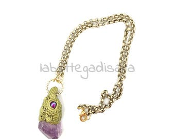 Gold necklace, pendant round Amethyst